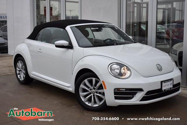 Certified Pre-Owned 2017 Volkswagen Beetle 1.8T Classic